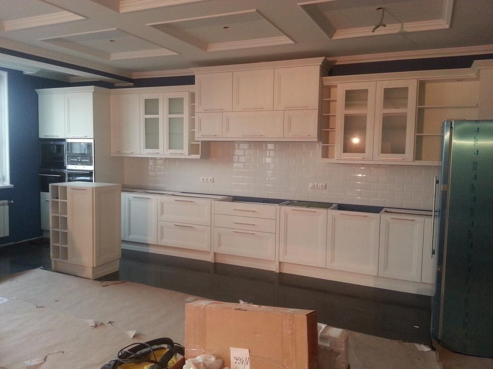 Белый кухонный гарнитур-Кухня МДФ в ПВХ «Модель 210»-фото1