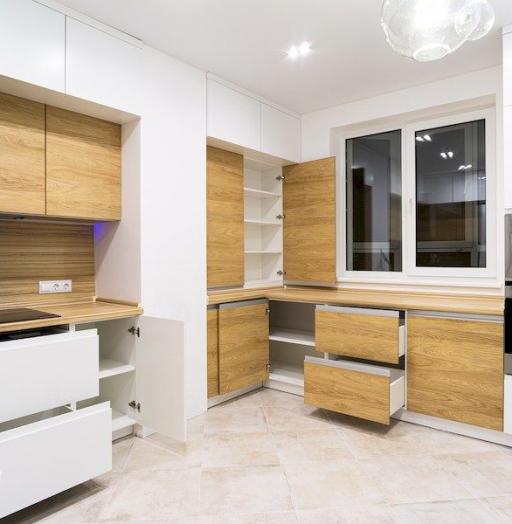 Белый кухонный гарнитур-Кухня МДФ в эмали «Модель 556»-фото11